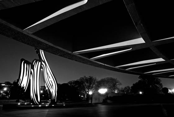 Hirshhorn nightscape