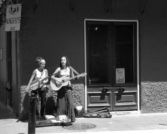 Corner musicians