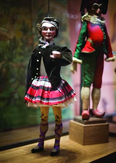 Marionette hand raised
