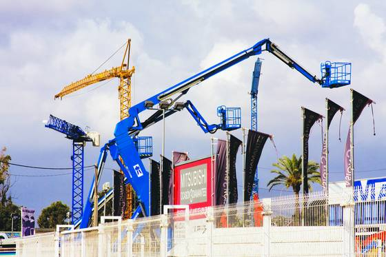 Cranes in spain