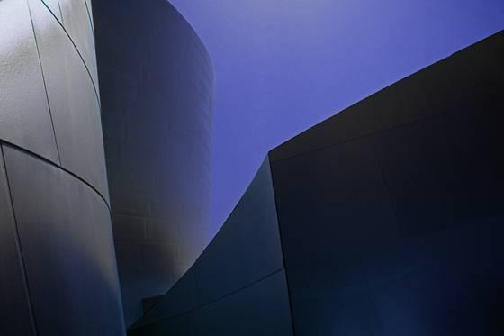 Gehry disney 1