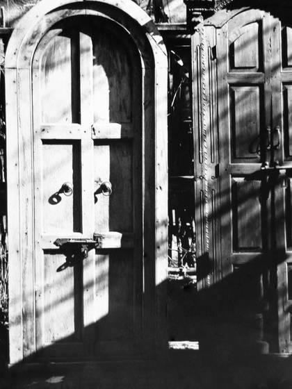 Taos doors