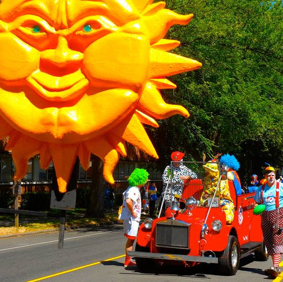West seattle summer parade