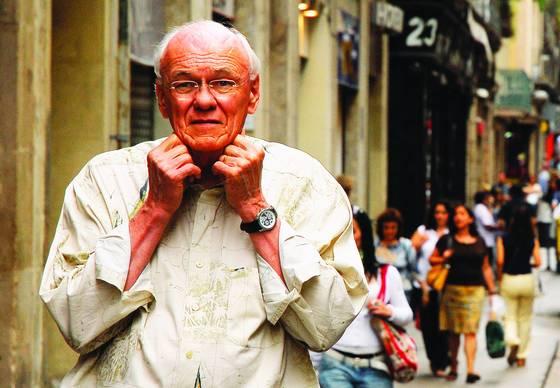 Abuelo en la calle