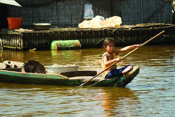 Little boat girl