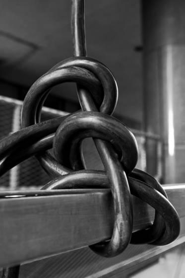 Cable sculpture