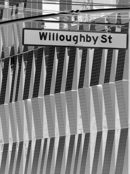 Willoughby st