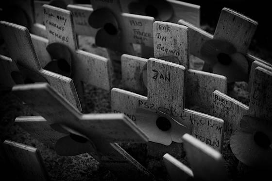Memory crosses