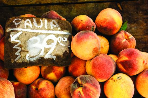 Uruguayan peaches