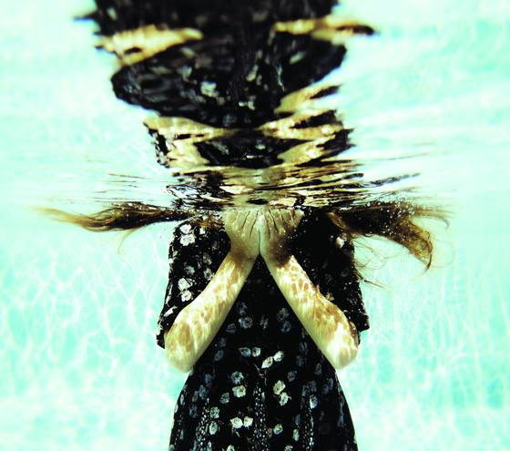 Underwater plate 2