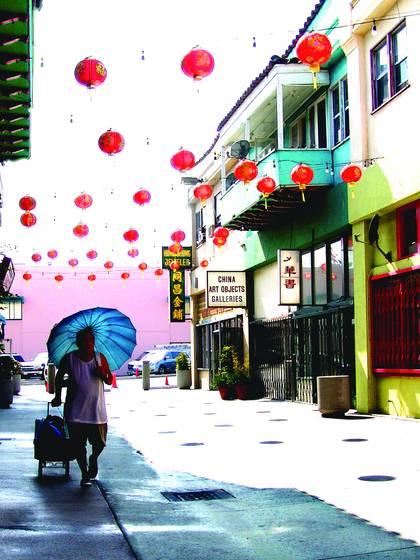 Chinatown fortune cookie vendor