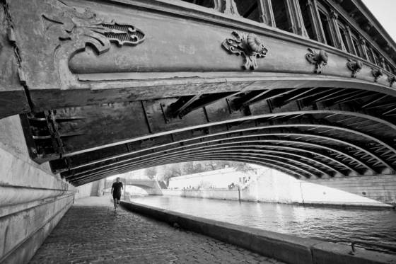 Running along the seine