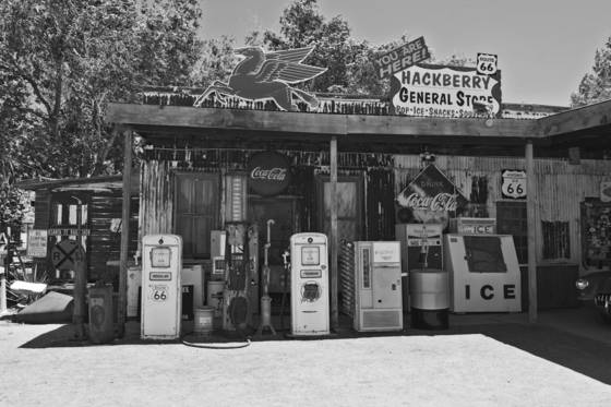General store on route 66