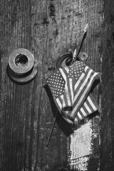 Flags and washers