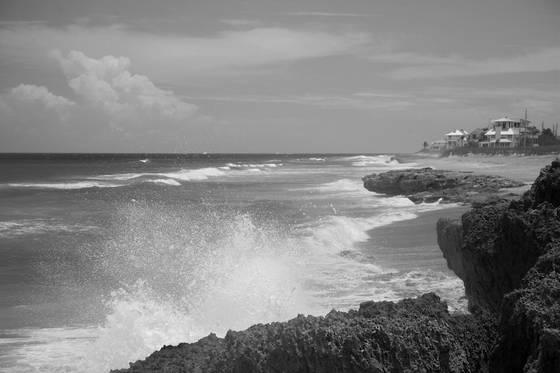 Pounding sea