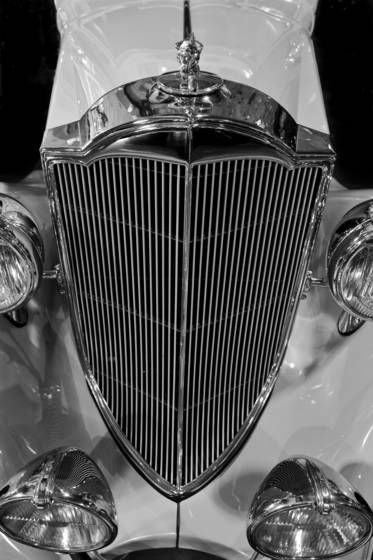 Packard medallion