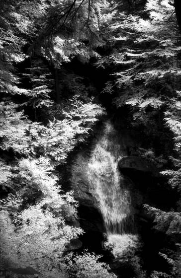 Waterfall in infrared