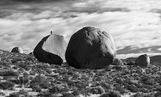 Bouldering at the buttermilks  boulder garden