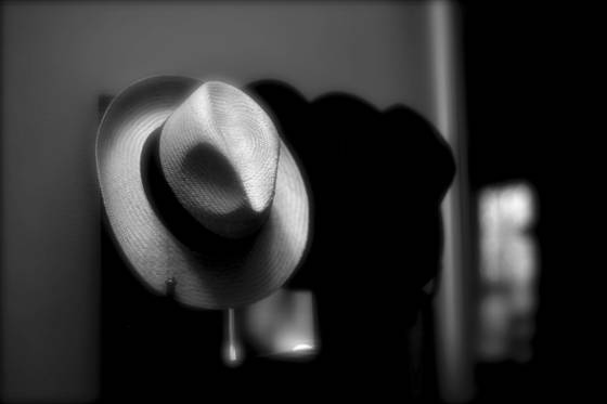 The white straw hat