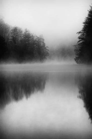 Morning at mill creek lake