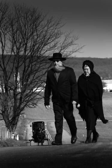Amishcouple