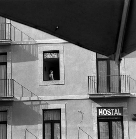 06 lady in window barcelona spain 2001