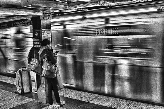 The uptown  e  train