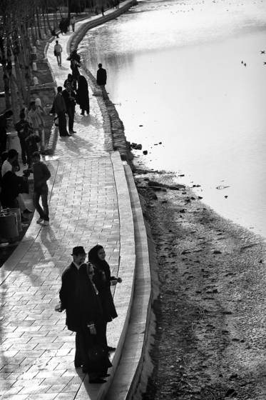 Bank of the zayandeh river