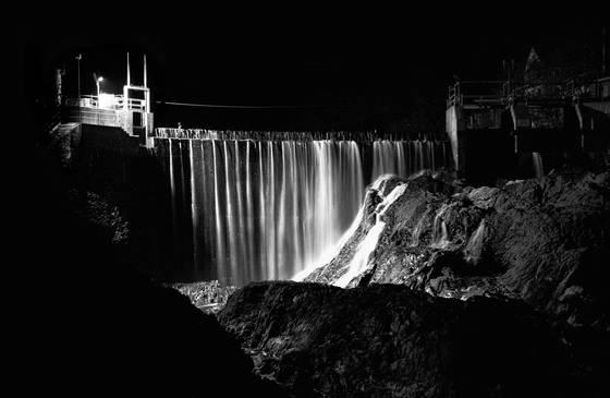 Waits river falls dam