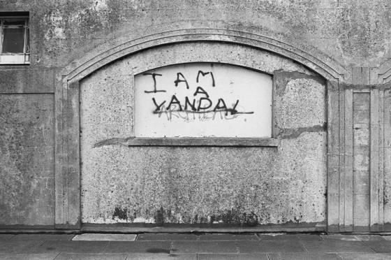 I am a vandal