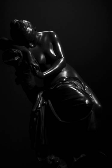 Figurine  9