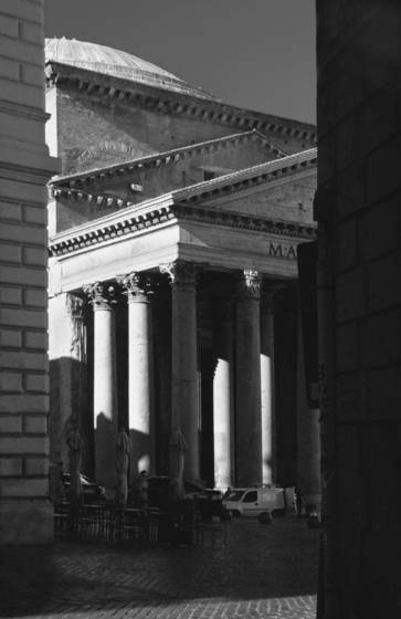 Pantheon early morning