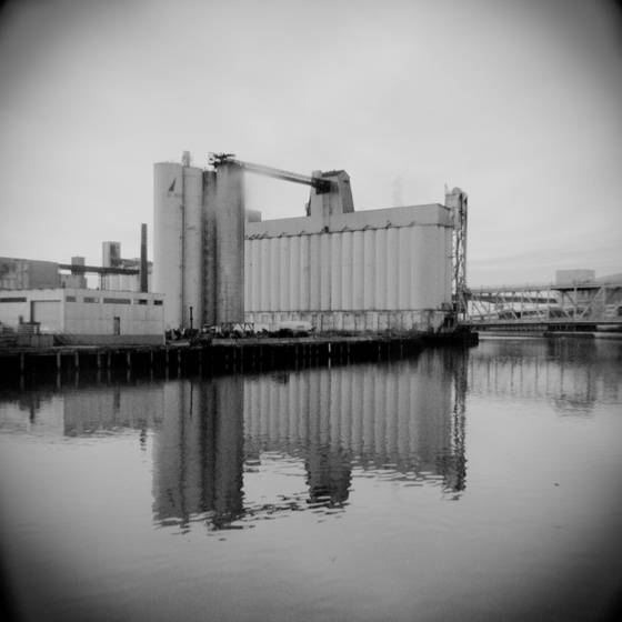 Glf grain mill