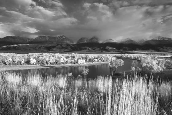 Absaroka mtns montana 2011