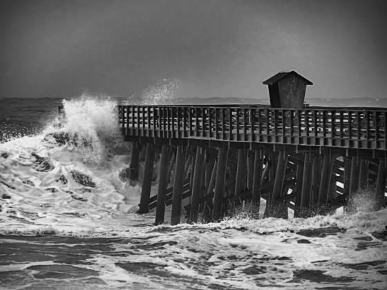 1 hurricane sandy wave a