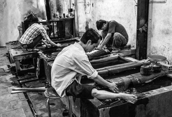 Lacquer workers