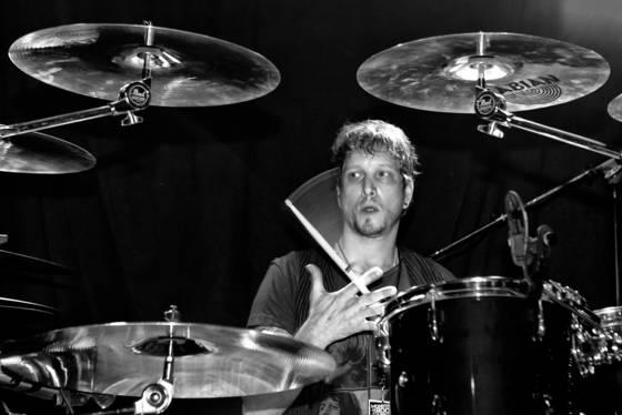Chillen drummer