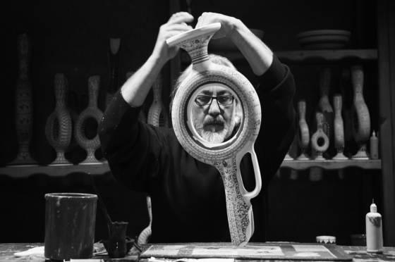 Pottery maker