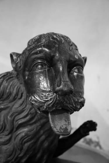 The castle man lion