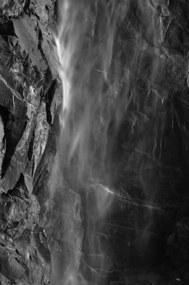 Bridelveil falls 2