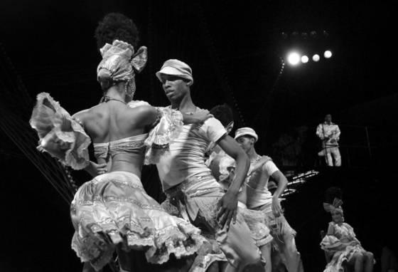 Tropicana dancers 1