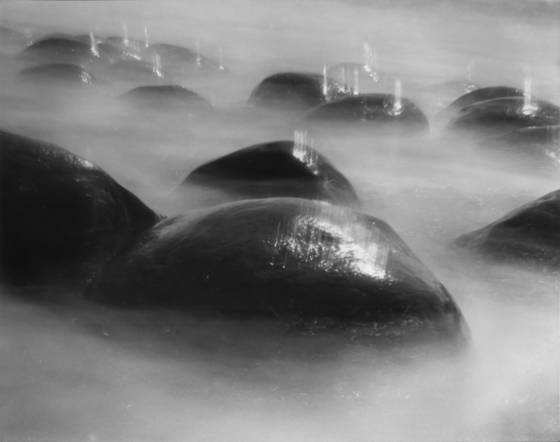 Migrating rocks