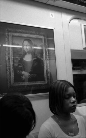 Subway mona lisa
