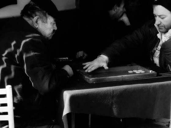 Backgamon players