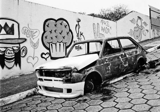 Fiat 147 burned