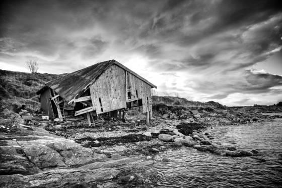 Abandoned boathouse  1