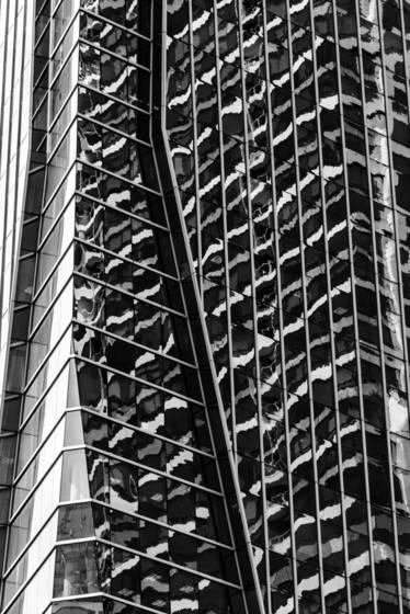 Building in camo