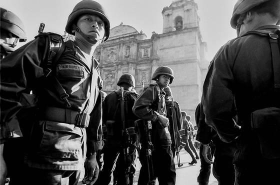 Oaxaca soldiers