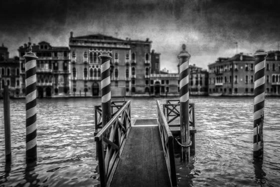 Barber poles on the grand canal