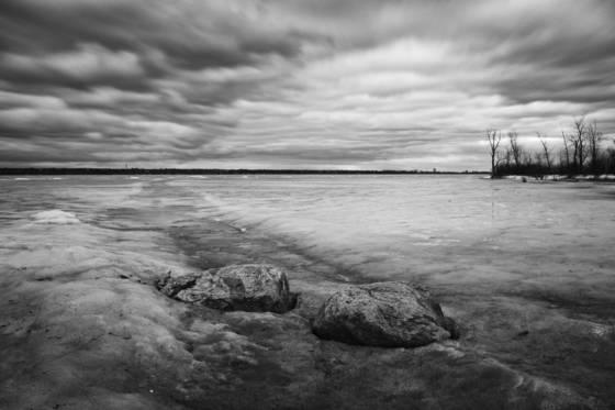 Icy ottawa river